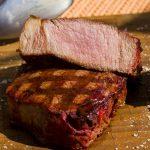 Gefrorene Steaks grillen