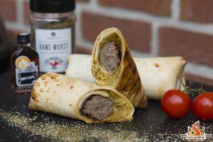 Sauerkraut Bratwurst Wraps vom Weber Performer Deluxe
